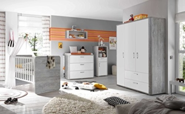 AVANTI TRENDSTORE - Freddo - Kleiderschrank, 3 Türen und 2 Schubkästen in vintage Wood grau / weiß Lack Dekor, ca. 138x189x51 cm - 3